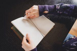 Thiết Lập Bộ Sổ Tay Midori Travelers Khi Mua Về Dùng