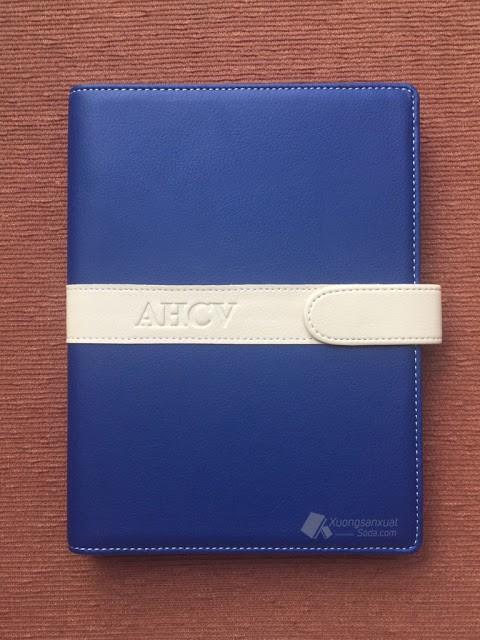 Sổ Còng Bìa Da Simili Ép Logo AHCV 157