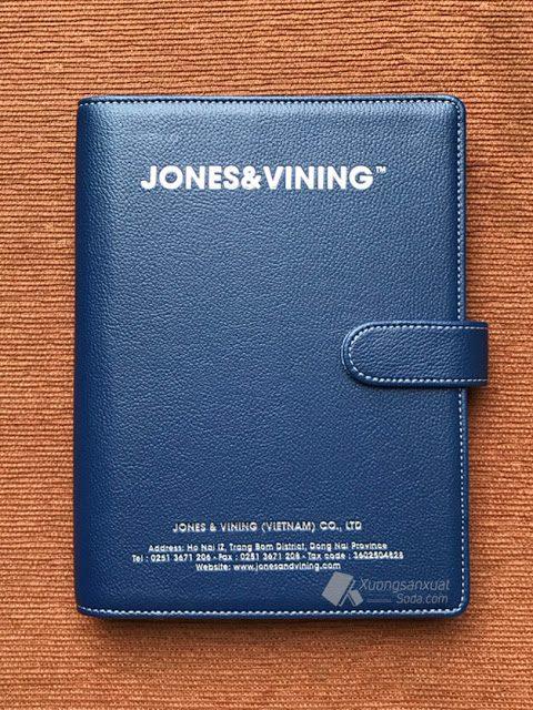 Bộ Gift Sổ Tay Jones & Vining 162 Sổ Da Ép Kim + Bút Kim Loại Khắc Logo