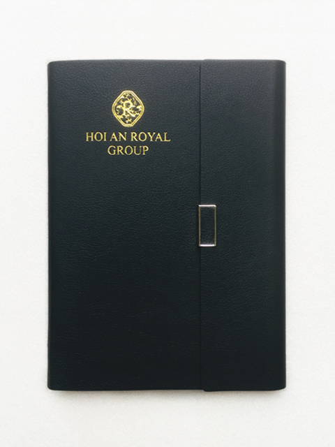 Bộ Quà Tặng Sổ Tay ROYAL GROUP 200 – Sổ Da Pu Ép Nhũ Vàng