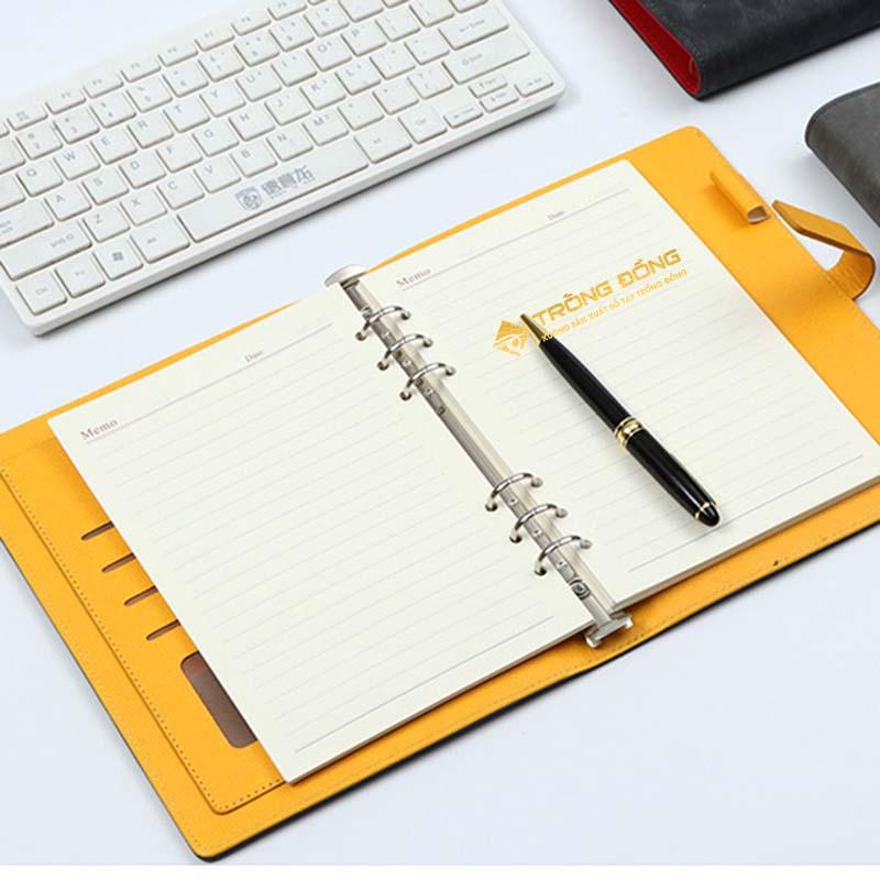 Sổ tay và bút vẫn còn rất quan trọng trong đời sống con người hiện nay.