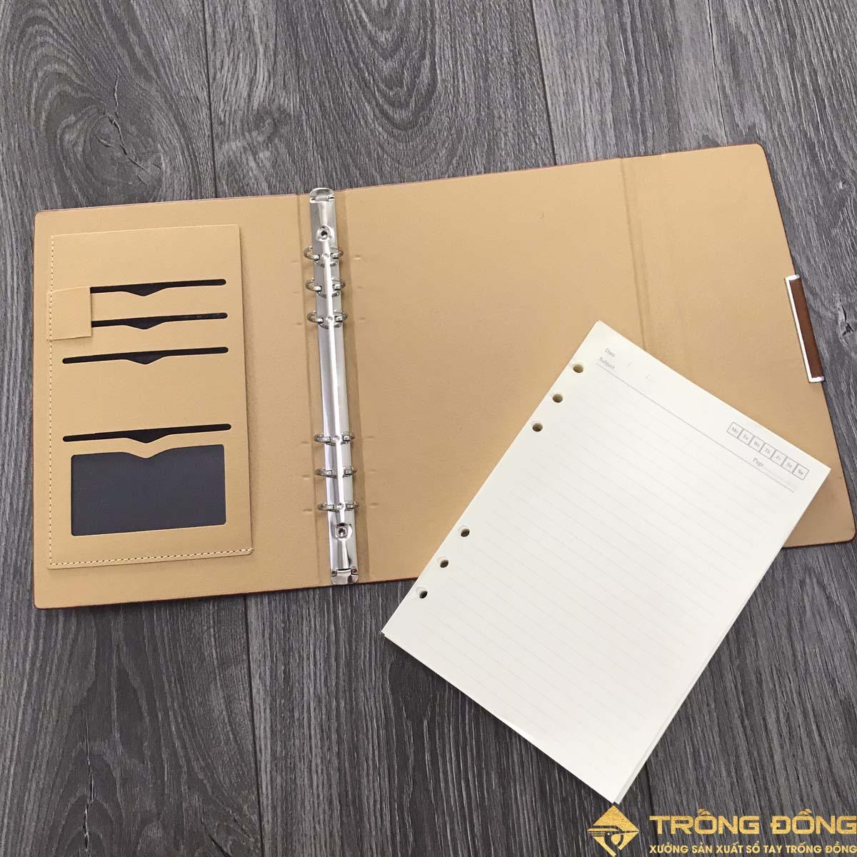 Sổ bìa còng dễ dàng tháo lắp ruột sổ