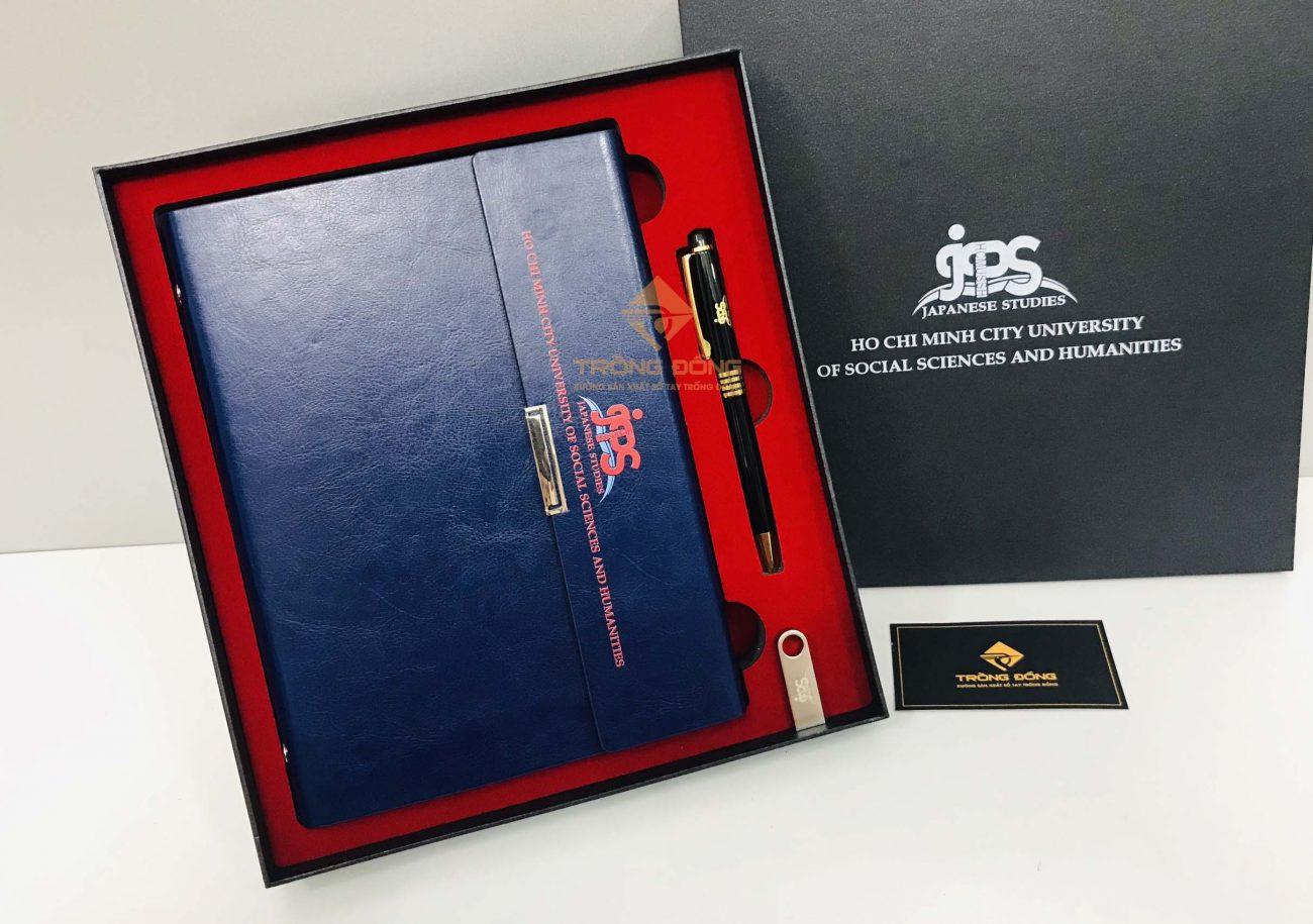 Bộ Giftset sổ tay bìa da và bút kim loại - Quà tặng khách hàng in logo JPS