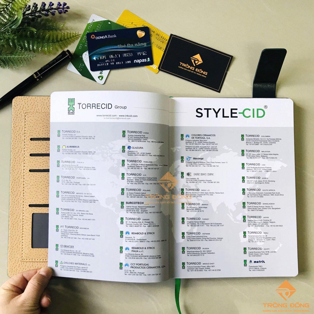 Các trang C200 in thông tin quảng cáo của doanh nghiệp.