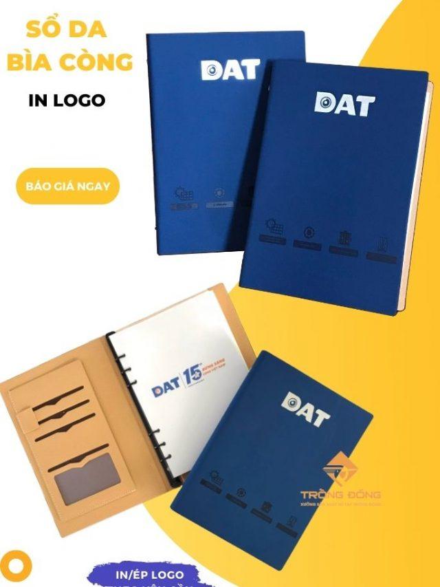 Sổ Da Bìa Còng Màu Xanh Ép Lún Và Ép Nhũ Bạc Logo DAT 225